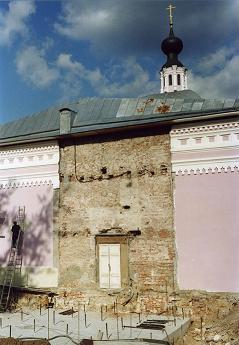 храм свт. Николая в Покровском (05.09.2001)